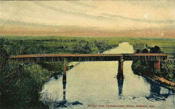A circa 1905 view of the then still standing 1839, bridge over the Chatahoochee River at Eufaula, Alabama. The bridge had been built by enslaved architect and bridge builder Horace King. King's 1842 Columbus bridge was said to have looked like the Eufaula bridge.