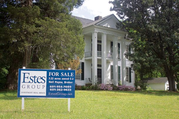 A company is considering purchasing the site of the Gillespie-Jackson House for a commercial/condo development. The house, which sits at the corner of Louisville Street and Highway 12, was built in 1850 and has been listed as for sale since 2017.