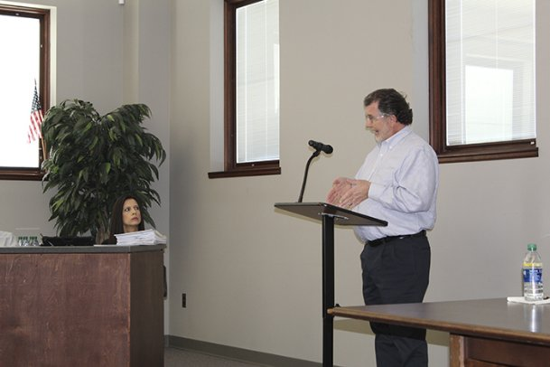 CPA Charles Shivers gives the Lowndes County School District school board a report on the district's audit at the Central Office Friday. Though the audit was clean, Shivers noted several examples of items missing from financial statements or board minutes that needed to be corrected.