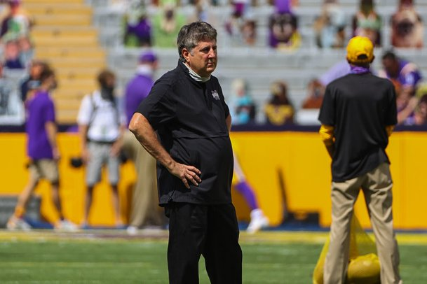 Mississippi State Bulldogs head coach Mike Leach surveys the field prior to kickoff against the LSU Tigers Saturday at Tiger Stadium.