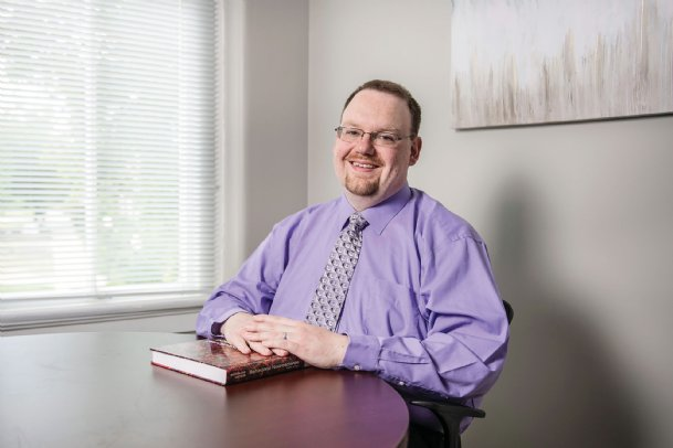 Mississippi State University Associate Professor Michael Nadorff specializes in behavioral sleep issues. He was interviewed about the effects of the global pandemic on sleep patterns for a segment that aired on