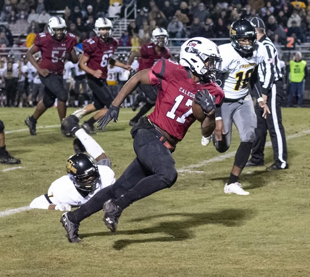 Caledonia fullback Darquez Williams breaks free for a long run against Itawamba on Friday, Oct. 1 in Caledonia.