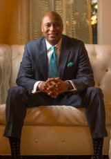 Leadership trainer and author Samuel Jones will give a keynote address at 6 p.m. Feb. 18 at Colvard Student Union at Mississippi State.